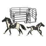 Sada koně 2 ks s ohradou černo-bílý